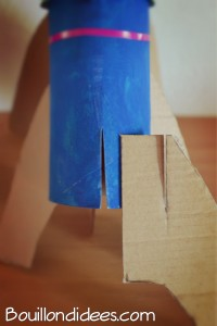 Fusées avec rouleaux papier toilette et sopalin découpage Bouillondidees