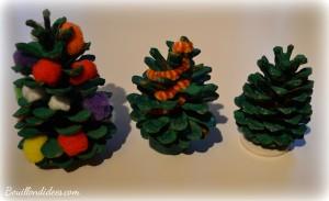 DIY Noël, sapin en pomme de pin Bouillondidees