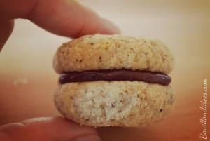 Baci di Dama (baisers des dames) biscuits noisettes amandes fourrés  sans GLO Bouillondidees