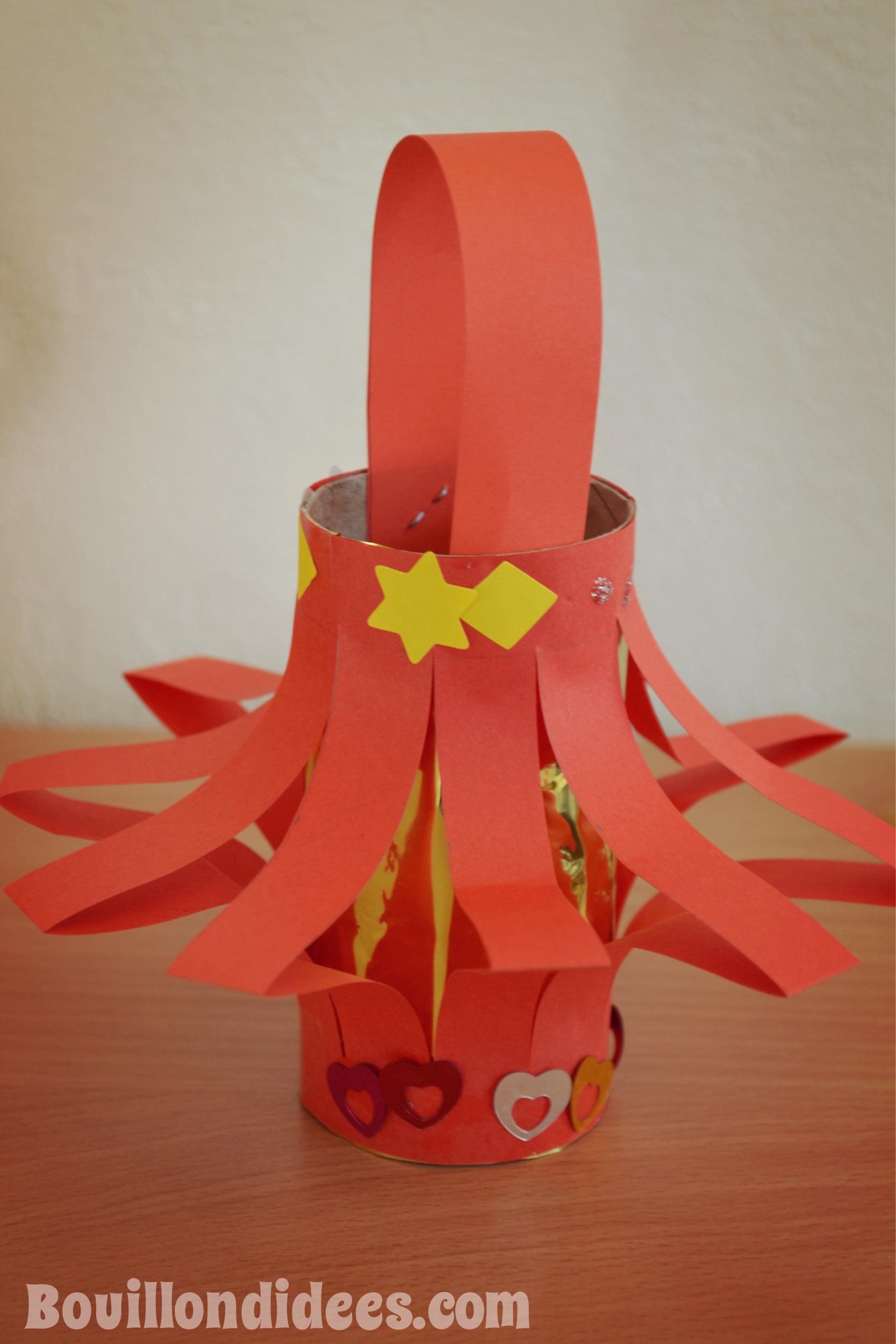 Diy nouvel an chinois poup es lanternes - Largeur d un rouleau de papier peint ...