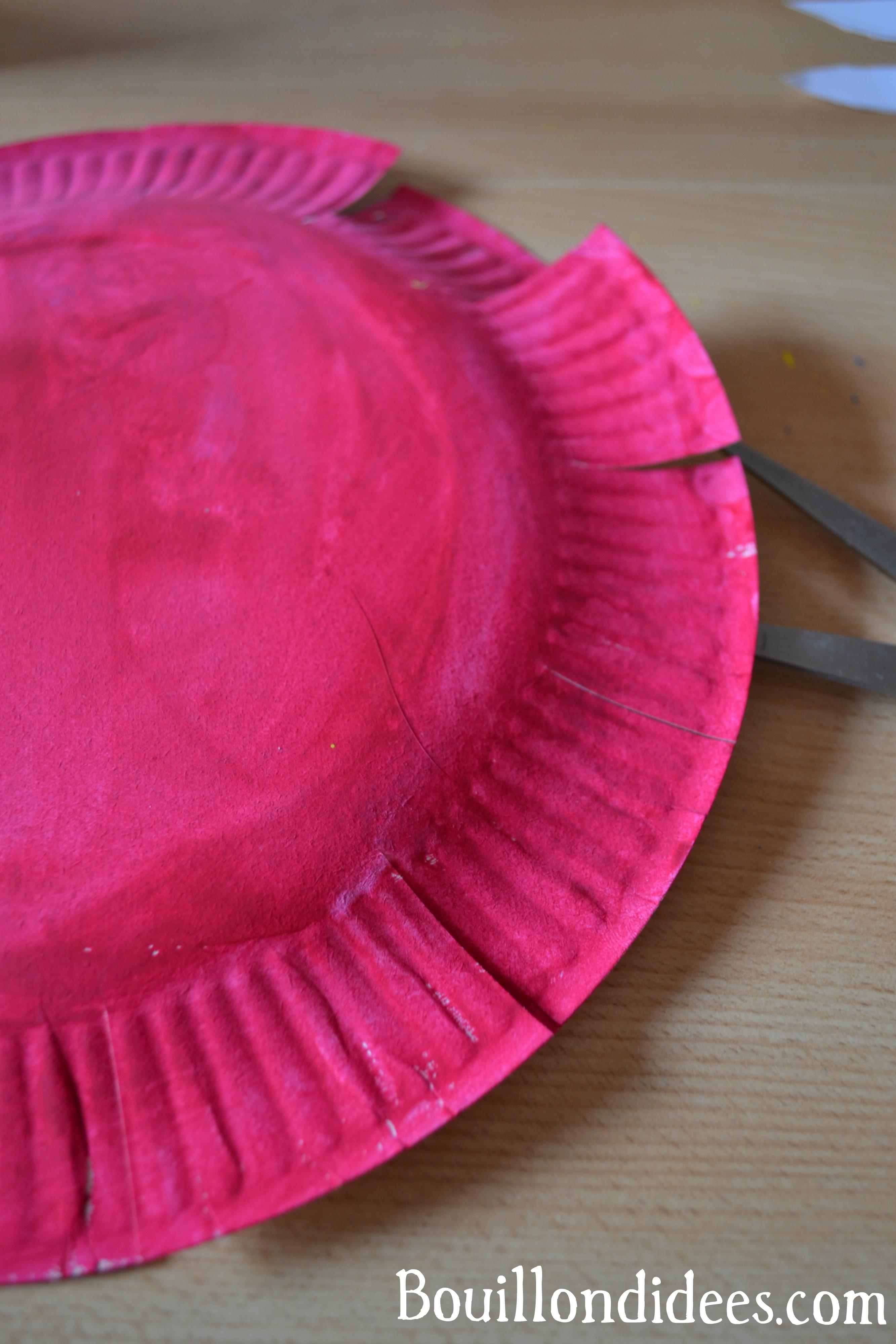 fabriquer un panier avec une assiette en carton. Black Bedroom Furniture Sets. Home Design Ideas