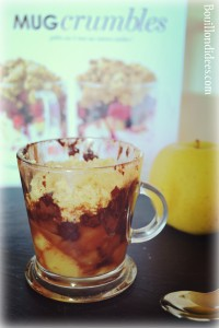 Mug crumble pomme vanille choco sans GLO (gluten, lait, oeuf) livre Marabout Bouillondidees