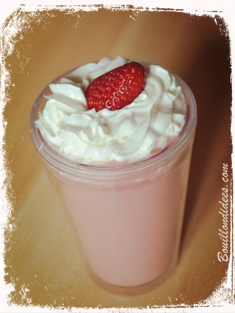 15 recettes sans gluten, sans lait (sans lactose ni PLV) et sans œuf (vegan) pour cet été : Milkshake sans lait à la fraise