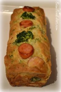 cake sans GLO (sans gluten, lait- PLV ou Lactose, ni oeuf), au tofu soyeux brocolis et saucisses Bouillondidees