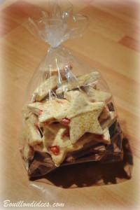 sablés de Noël aux pralines sans GLO (sans gluten, sans lait, lactose ou PLV, sans oeuf) biscuits Bouillondidees