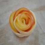 Pour la St Valentin, des roses feuilletées aux pommes (tartelettes, avec ou sans gluten sans lait - PLV ou lactose)