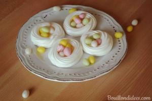 Nid de paques meringues auquafa (jus de pois chiches) chocolat Pâques sans GLO (sans gluten sans lait sans PLV sans lactose, sans oeuf) Bouillondidees