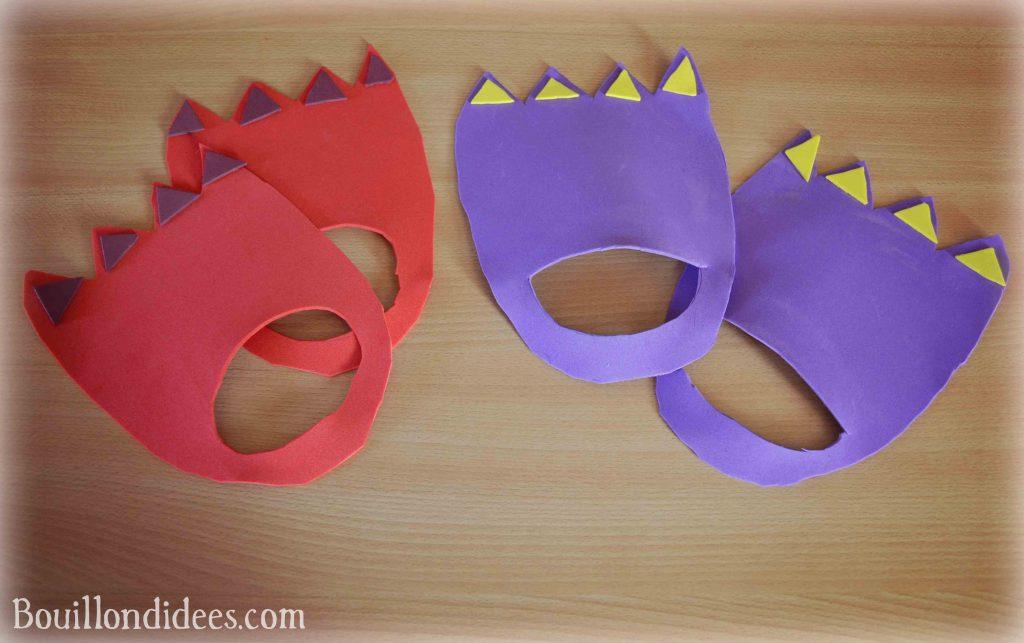 DIY fabriquer des pieds de monstres ou dinosaures (brico enfant, anniversaire, carnaval, halloween) avec feuilles de mousse