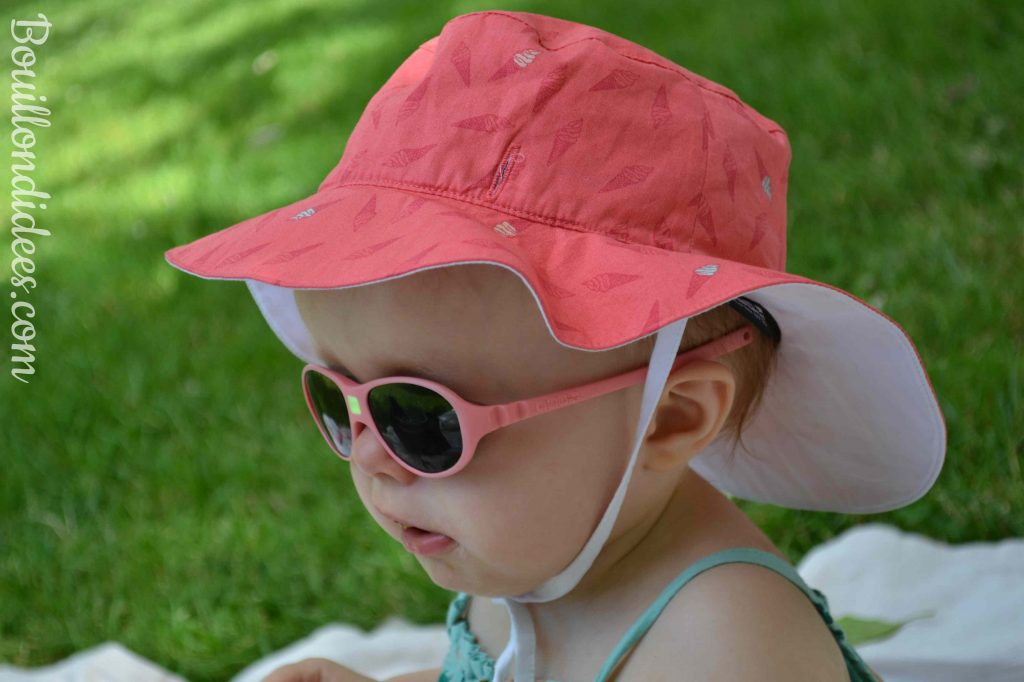 Profiter du soleil avec bébé chapeau Kapel réversible Ki Et La test Bouillondidees