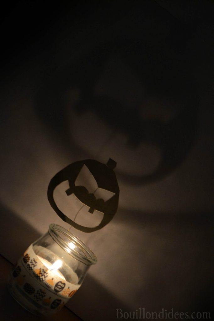 DIY Photophores d'Halloween aux ombres monstrueuses - citrouille effrayante