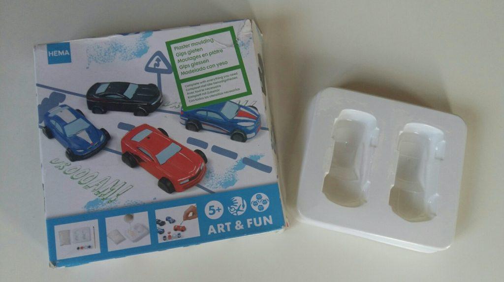 Un anniversaire sur le thème de Cars & des courses de voiture - diy HEMA moulages voitures