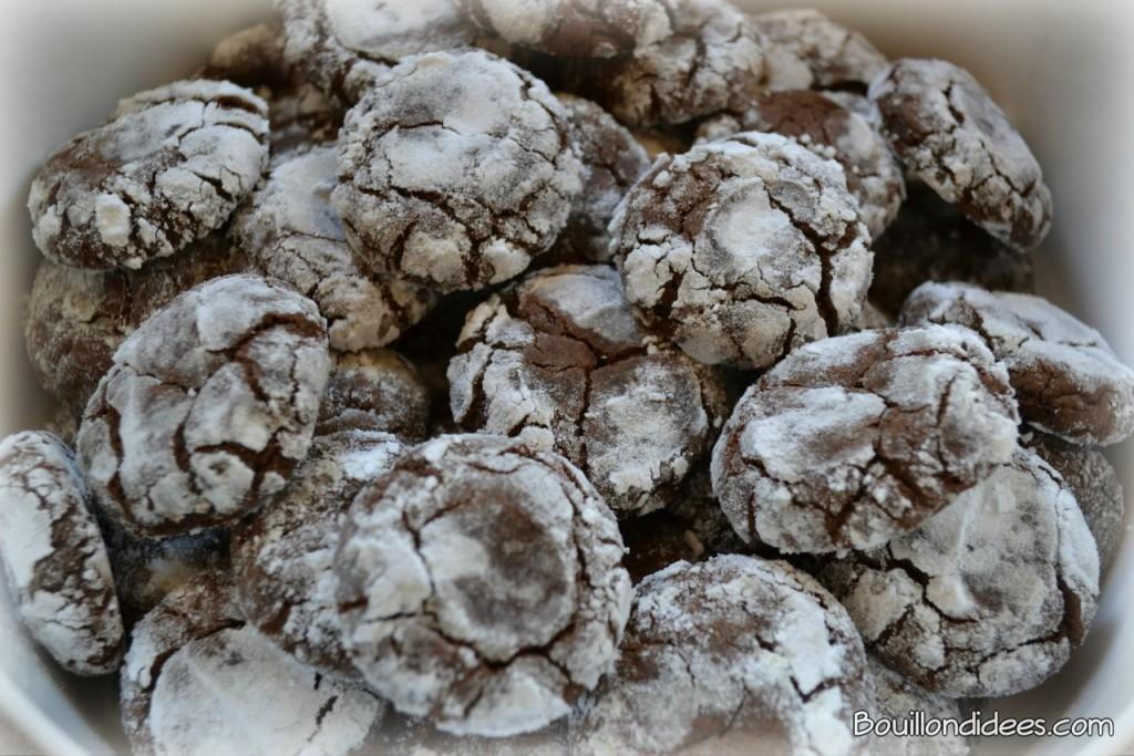 Crinkles, petits cookies de Noël noir & blanc, crousti-moelleux en version sans GLO (sans gluten, sans lait, sans oeuf) ou normale