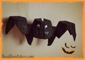 Chauve souris boîte à oeufs DIY loisirs créatifs activités manuelles spécial Halloween Bouillondidees
