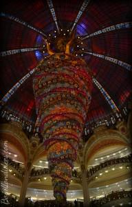 Avant Noël, idée de sortie enfants, vitrines grands magasins Galeries lafayette sapin 2014 Bouillondidees