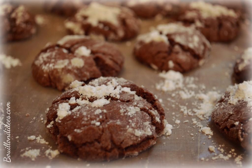 Crinkles sans GLO, biscuits croustimoelleux black& white pour Noel après cuisson Bouillondidees