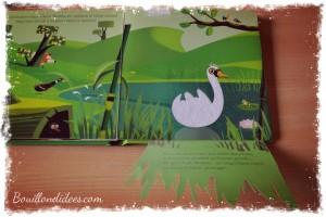 Livre Milan jeunesse Contes et comptines à toucher Le vilain petit canard Bouillondidees