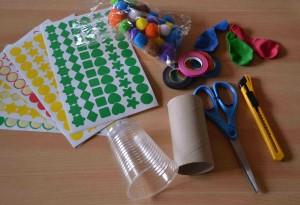 canons à pompons (DIY enfants pour carnaval, nouvel an, fêtes, 14 juillet) matériel Bouillondidees