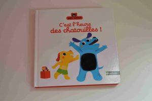 Livres à toucher premiers livres bébé C'est l'heure des chatouilles (Éditions Petit Nathan) Bouillondidees
