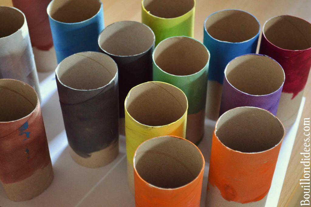Créer un pot à crayons avec une boîte à chaussures et des rouleaux de papier de toilette (DIY Rentrée - Rangement)