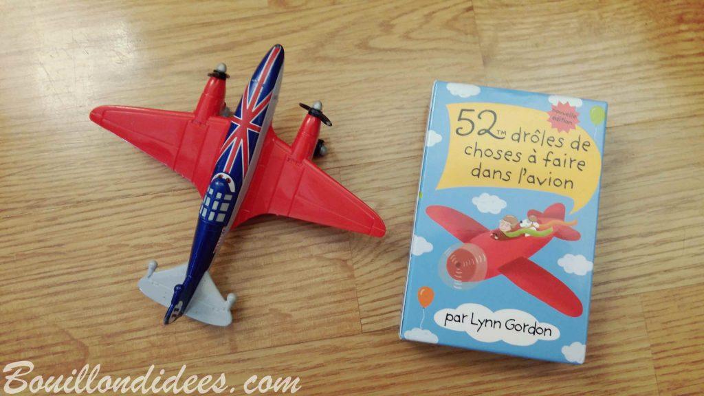 """jeu de cartes éditions 365 """"52 drôles d'activités à faire dans l'avion"""""""