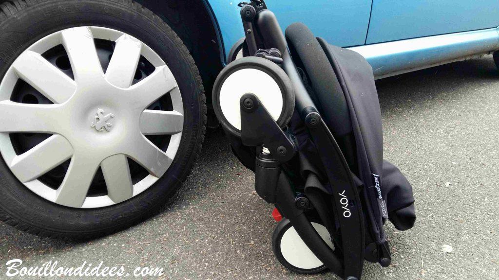 La poussette YOYO + compacte et citadine : le top pour voyager avec bébé