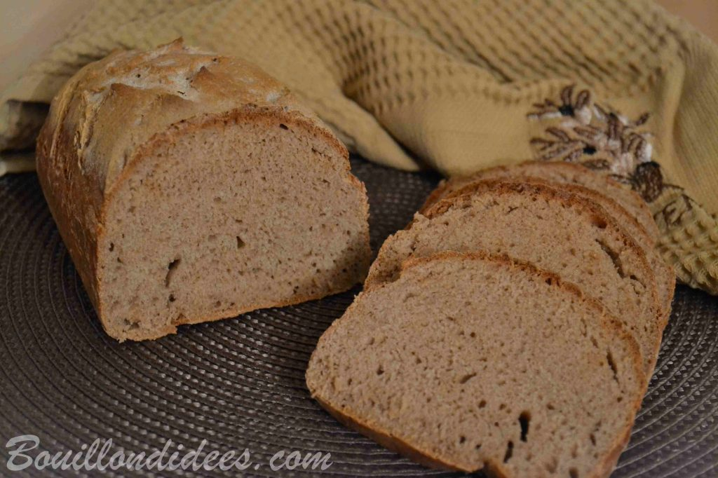 Pain sans gluten, à la farine de sarrasin - facile, sans pétrissage (Bouillon d'idées)