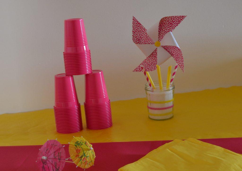 12 activités à faire cet été avec les enfants : Décorer ses pièces ou sa table avec de jolis moulins à vent